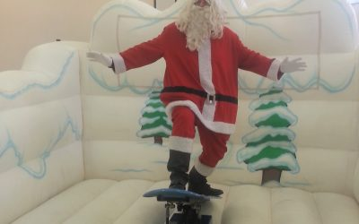 Snowboard Simulator – A Sensational Christmas Themed Activity – Can You Stay on Your Feet?